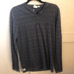 Vans long sleeve Henley size M.